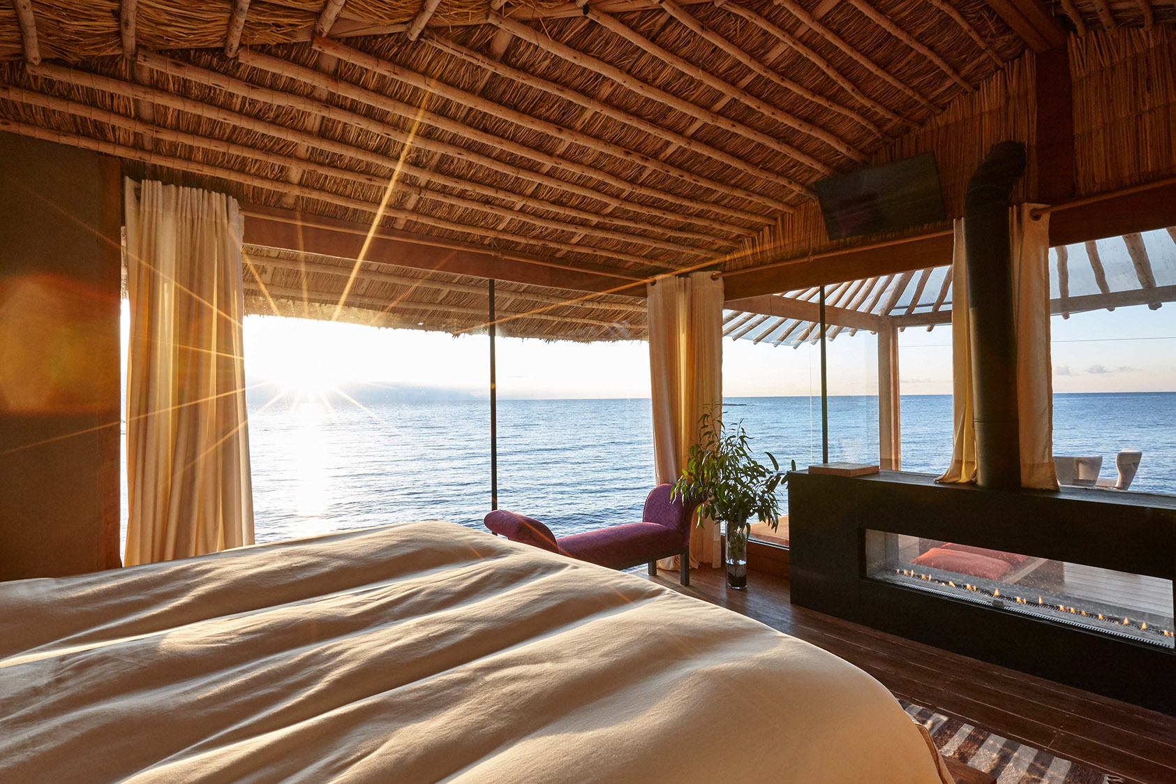 Luxury Eco-Hotel Amantica Lodge